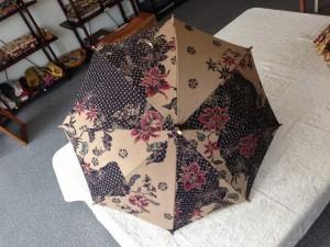 バティック日傘